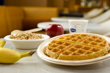 Restaurant | Hampton Inn & Suites Washington DC North / Gaithersburg