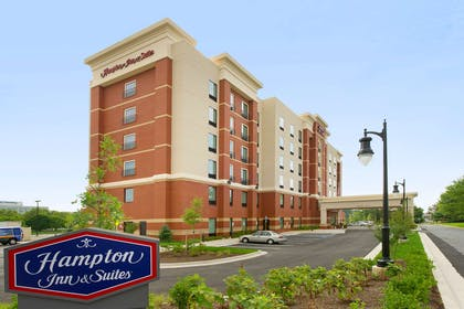 Exterior | Hampton Inn & Suites Washington DC North / Gaithersburg