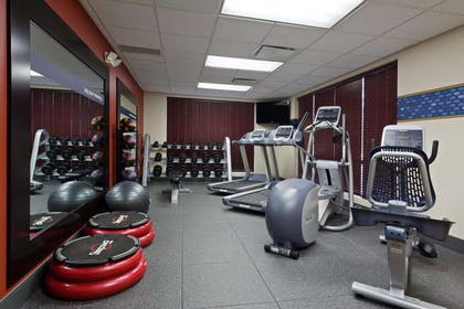 Health club | Hampton Inn & Suites Grove City