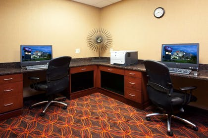 Business Center | Hampton Inn & Suites Grove City