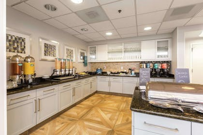 Restaurant | Homewood Suites by Hilton Greenville