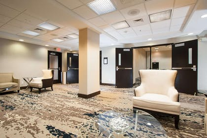 Lobby | Hampton Inn Great Falls