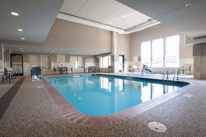 Pool | Hampton Inn Great Falls