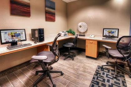 Business Center | Hampton Inn Great Falls