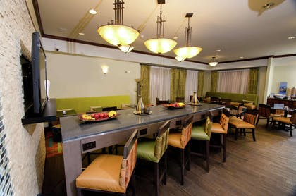 Restaurant | Hampton Inn & Suites Gallup
