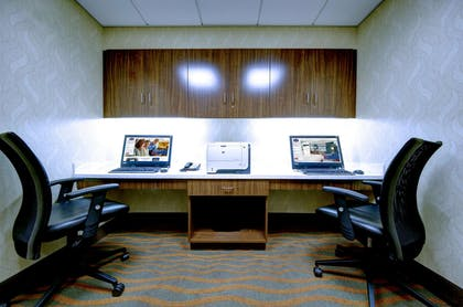 Business Center | Hampton Inn and Suites Harrisburg/North