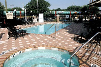 Pool | Hampton Inn & Suites Houston-Katy