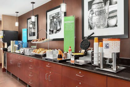 Restaurant | Hampton Inn Houston Stafford