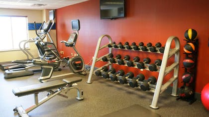 Health club | Hampton Inn & Suites Kingman, AZ
