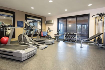 Health club | Hampton Inn & Suites Crawfordsville