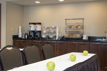 Meeting Room | Hampton Inn & Suites Crawfordsville