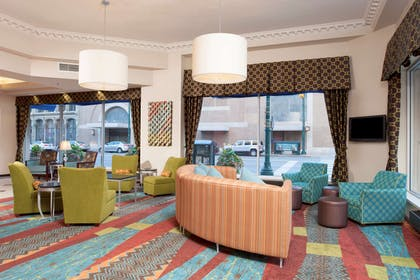 Reception | Hampton Inn Indianapolis Downtown Across from Circle Centre
