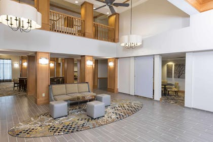 Lobby | Homewood Suites by Hilton Indianapolis-Airport/Plainfield