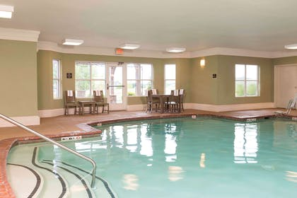 Pool   Homewood Suites by Hilton Indianapolis-Airport/Plainfield