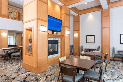 Lobby   Homewood Suites by Hilton Indianapolis-Airport/Plainfield