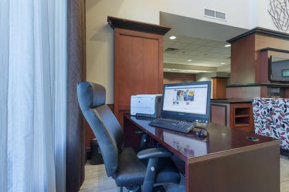 Business Center | Hampton Inn & Suites Indianapolis/Brownsburg, IN