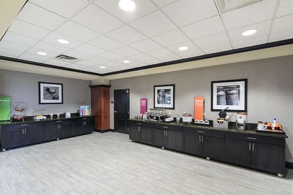 Restaurant | Hampton Inn & Suites Indianapolis/Brownsburg, IN