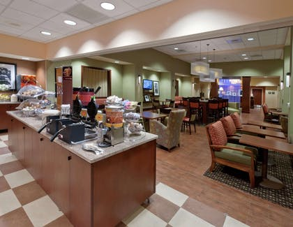 Restaurant | Hampton Inn and Suites-Winston-Salem/University Area NC