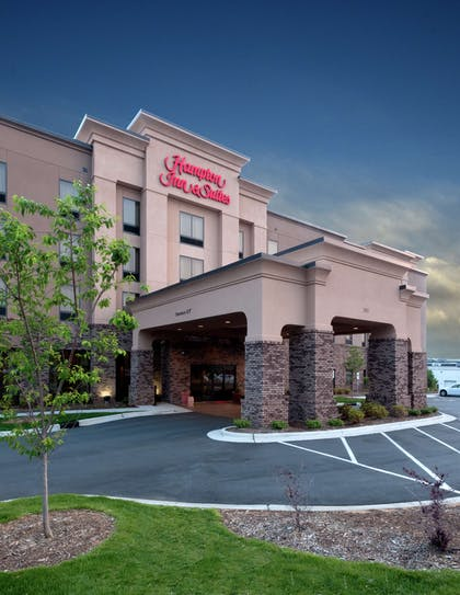 Exterior | Hampton Inn and Suites-Winston-Salem/University Area NC