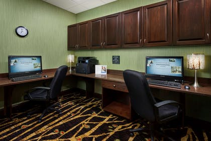 Business Center | Hampton Inn & Suites Williamsport-Faxon Exit, PA
