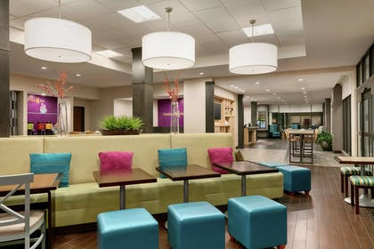 Lobby | Home2 Suites by Hilton Long Island City