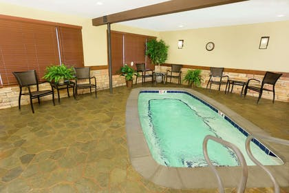 Pool | Hampton Inn Jackson Hole