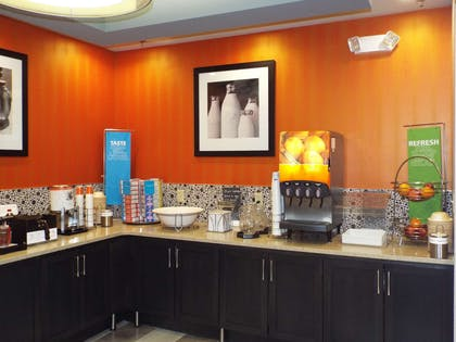 Restaurant | Hampton Inn Jackson/Clinton