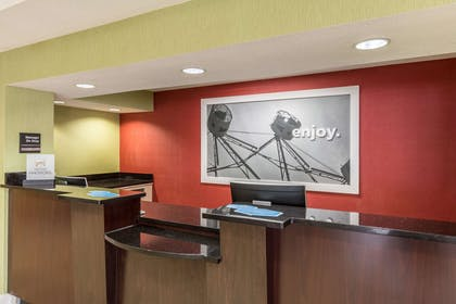 Reception | Hampton Inn Jackson/Pearl-Jackson International Airport