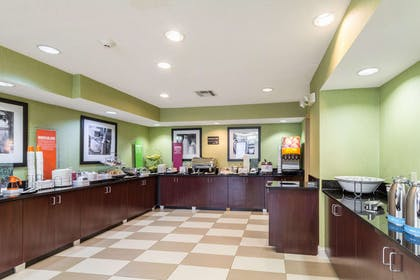 Restaurant | Hampton Inn Jackson/Pearl-Jackson International Airport