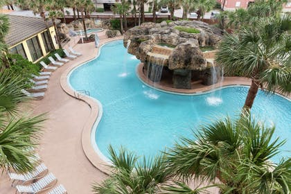 Pool | Hampton Inn Jacksonville Beach/Oceanfront