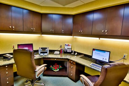Business Center | Hampton Inn and Suites Moreno Valley