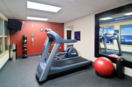 Health club fitness center gym | Hampton Inn Laramie