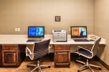 Business Center | Hampton Inn Laramie