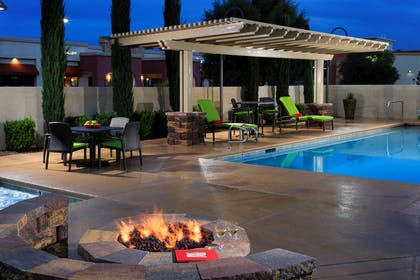 Pool | Hampton Inn & Suites Las Vegas South