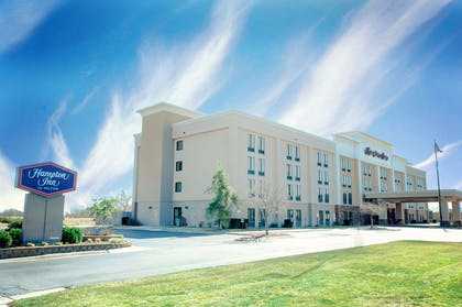 Exterior | Hampton Inn North Platte
