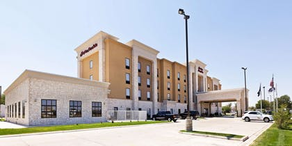 Exterior | Hampton Inn & Suites Liberal, KS
