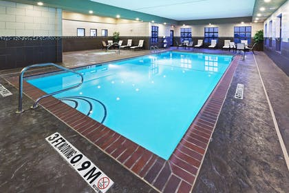 Pool | Hampton Inn & Suites Liberal, KS