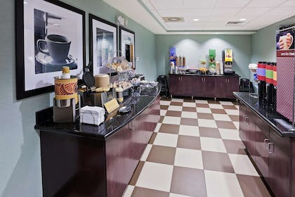 Restaurant | Hampton Inn & Suites Liberal, KS