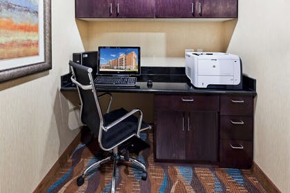 Business Center | Hampton Inn & Suites Liberal, KS