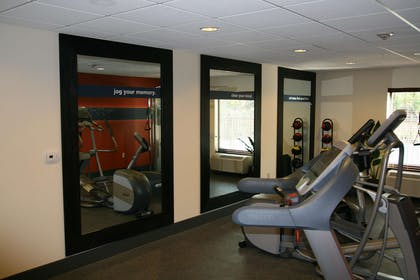Health club | Hampton Inn & Suites Lebanon