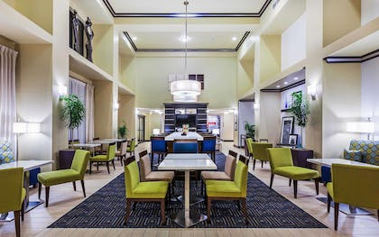 Reception | Hampton Inn & Suites Lake Jackson-Clute