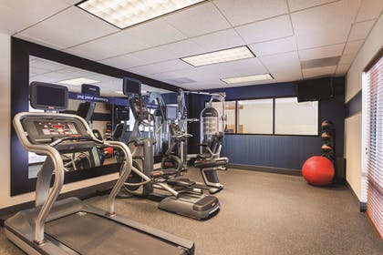 Health club | Hampton Inn & Suites Lake George