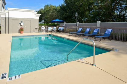 Pool | Hampton Inn & Suites Lady Lake/The Villages