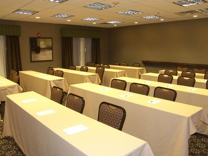 Meeting Room | Hampton Inn & Suites Lincoln - Northeast I-80