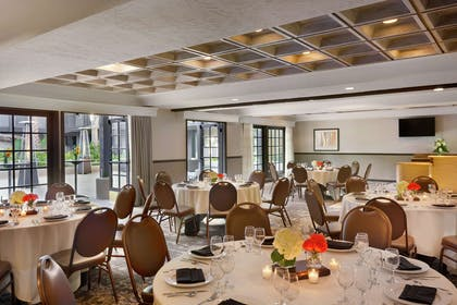 Meeting Room | Embassy Suites by Hilton Lompoc Central Coast