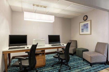 Business Center | Homewood Suites by Hilton Macon-North