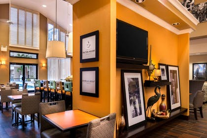 Restaurant | Hampton Inn & Suites Orlando/East UCF Area