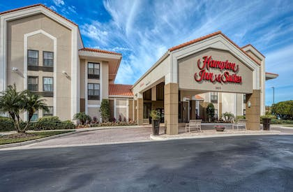 Exterior | Hampton Inn & Suites Orlando/East UCF Area