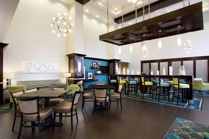Restaurant | Hampton Inn & Suites York South