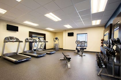 Health club | Hampton Inn & Suites York South